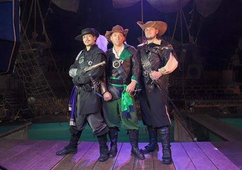 The Three Musketeers: Voyage Home