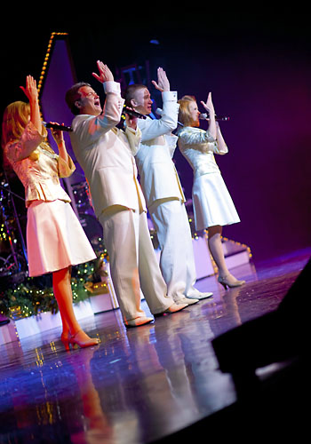 The Bretts Song of Christmas in Branson, Missouri