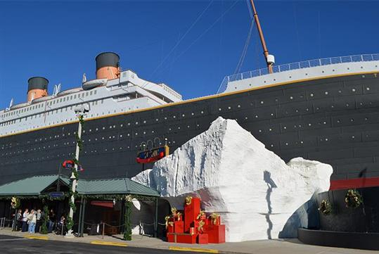 Christmas at the Titanic - Titanic- World's Largest Museum Attraction in Branson, Missouri