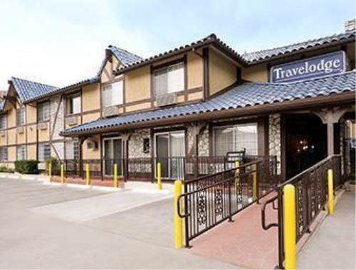 Hotel Front - Travelodge Santa Clarita/Valencia in Santa Clarita, California