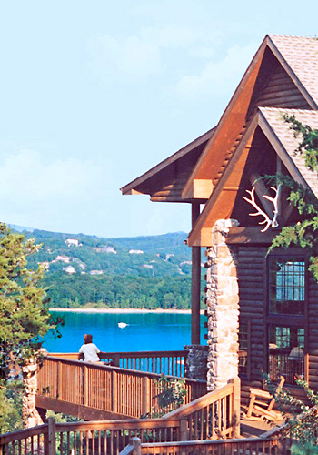 Indian point table rock lake branson mo for Indian bear lodge cabins