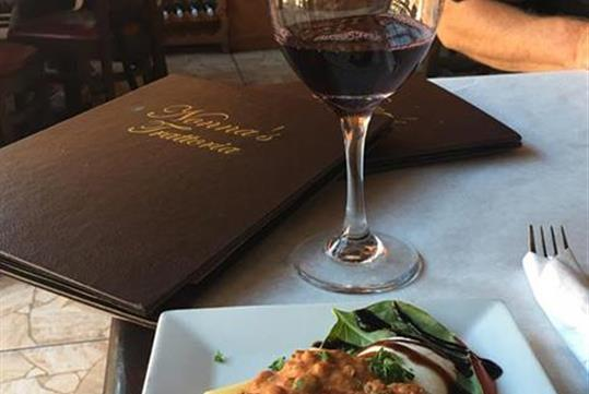 Wine, Dine & Roadster Tour - The Tasting Tours St. Augustine