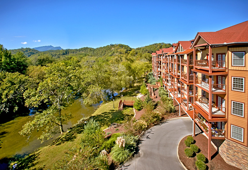 Appleview River Resort - Sevierville, TN