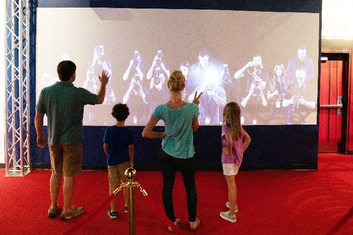 Beyond The Lens Family Fun Tickets Pigeon Forge Tn