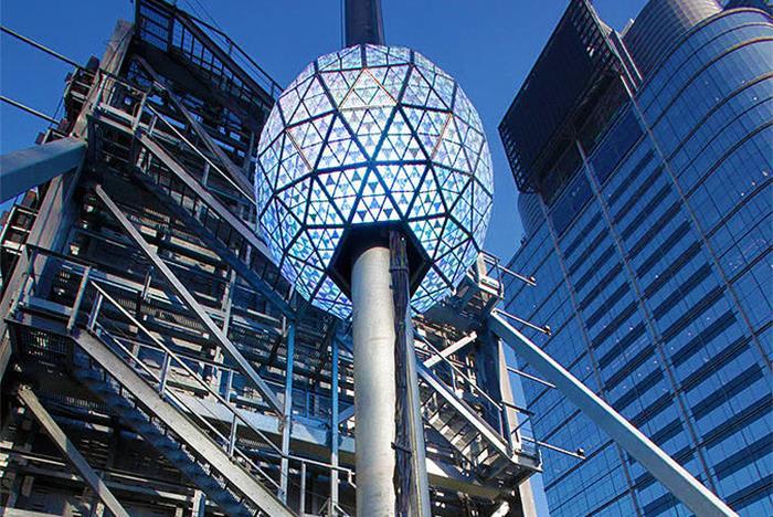 f0e2f8ee4a4a ... Big Apple in Lights- New York City Night Tour