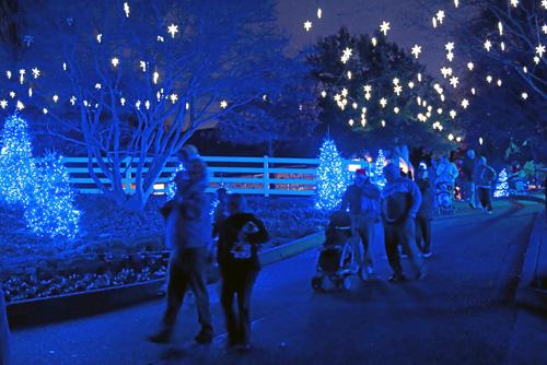 Williamsburg Christmas Town Busch Gardens.Christmas Town A Busch Gardens Celebration