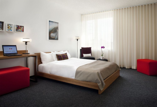 Custom Hotel - Los Angeles Airport Hotel
