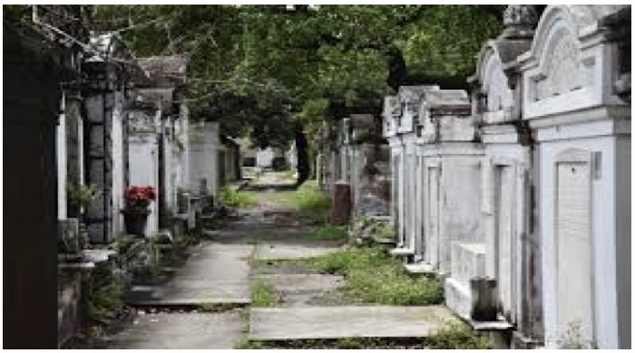Destined To Be Different Garden District \u0026 Lafayette Cemetery Combo Tour