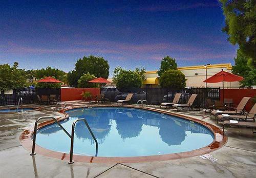 Fairfield Inn Amp Suites Anaheim Buena Park Disney North