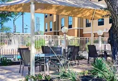 Fairfield Inn Amp Suites By Marriott San Antonio Seaworld