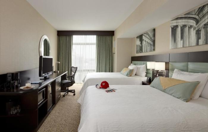 Evolution, Room, 2 Queen Beds