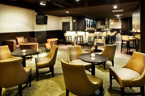holiday inn toronto downtown centre toronto on. Black Bedroom Furniture Sets. Home Design Ideas