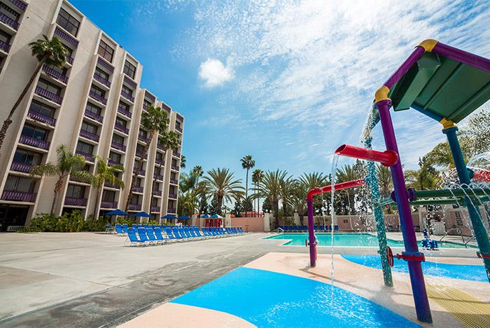 Knotts Berry Farm Hotel Pool