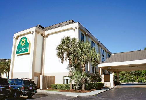 La Quinta Inn And Suites Myrtle Beach At Th Avenue