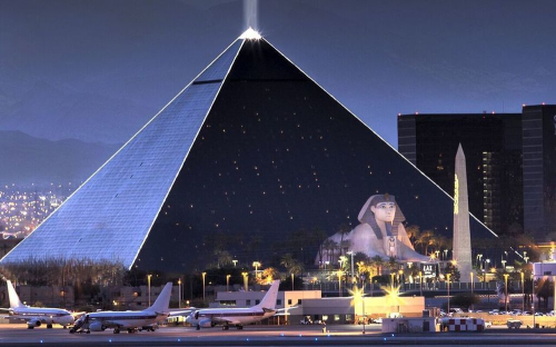 Nevada Luxor Hotel And In Las Vegas