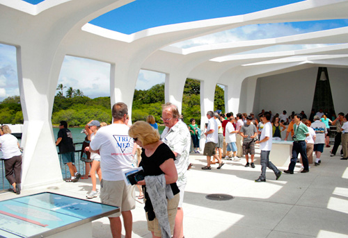 Pearl Harbor Tours >> A Day At Pearl Harbor