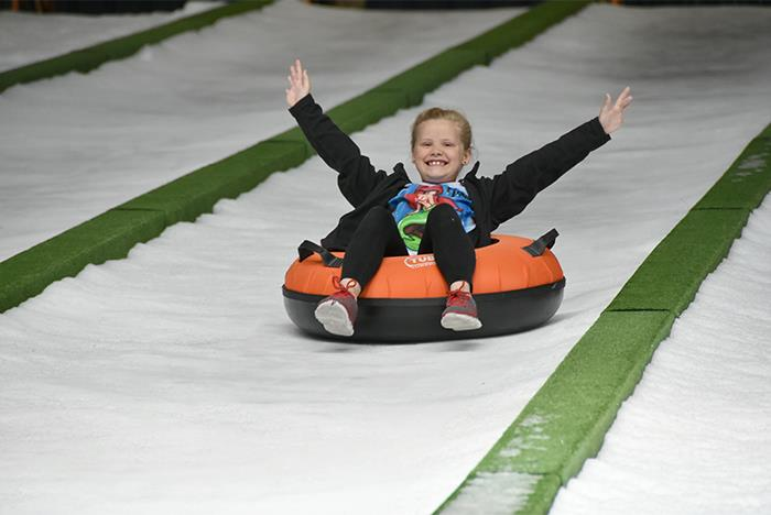 Temperature In Pigeon Forge Tennessee >> Pigeon Forge Snow - Indoor Snow Tubing