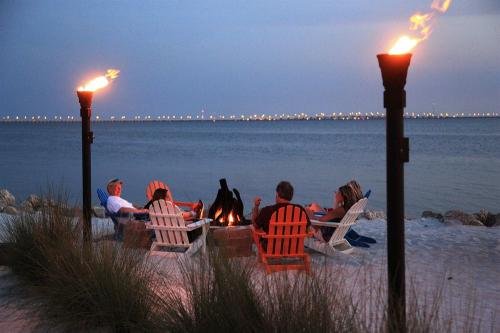 Sailport Waterfront Suites Tampa Fl