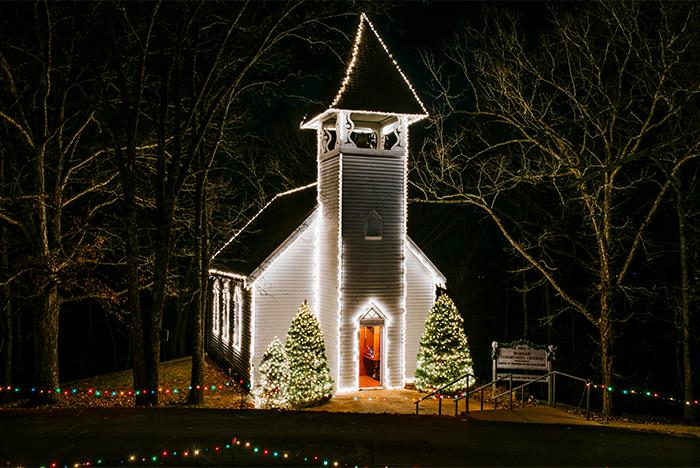 Shepherd of the Hills Trail of Lights in Branson, ... - Shepherd Of The Hills Trail Of Lights Holiday Lights In Branson, MO