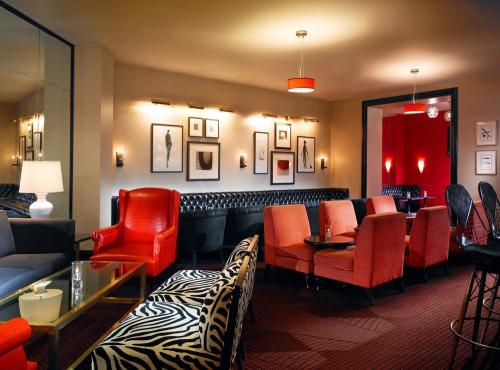 sheraton gateway hotel los angeles airport. Black Bedroom Furniture Sets. Home Design Ideas