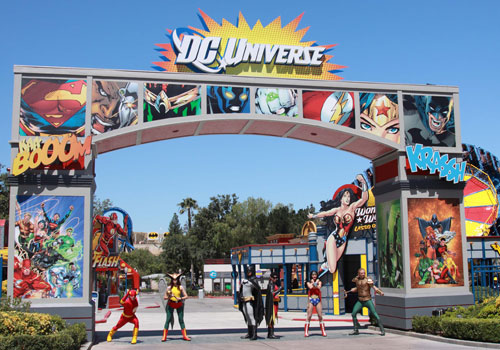 California Dc Universe Six Flags Magic Mountain In Valencia