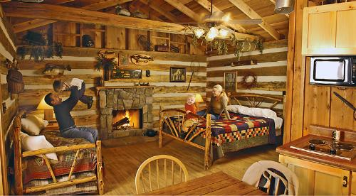 The Wilderness At Silver Dollar City Branson Cabins