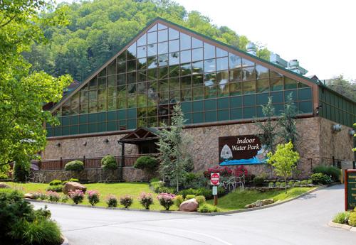 Westgate smoky mountain resort spa gatlinburg tn for About you salon gatlinburg tn