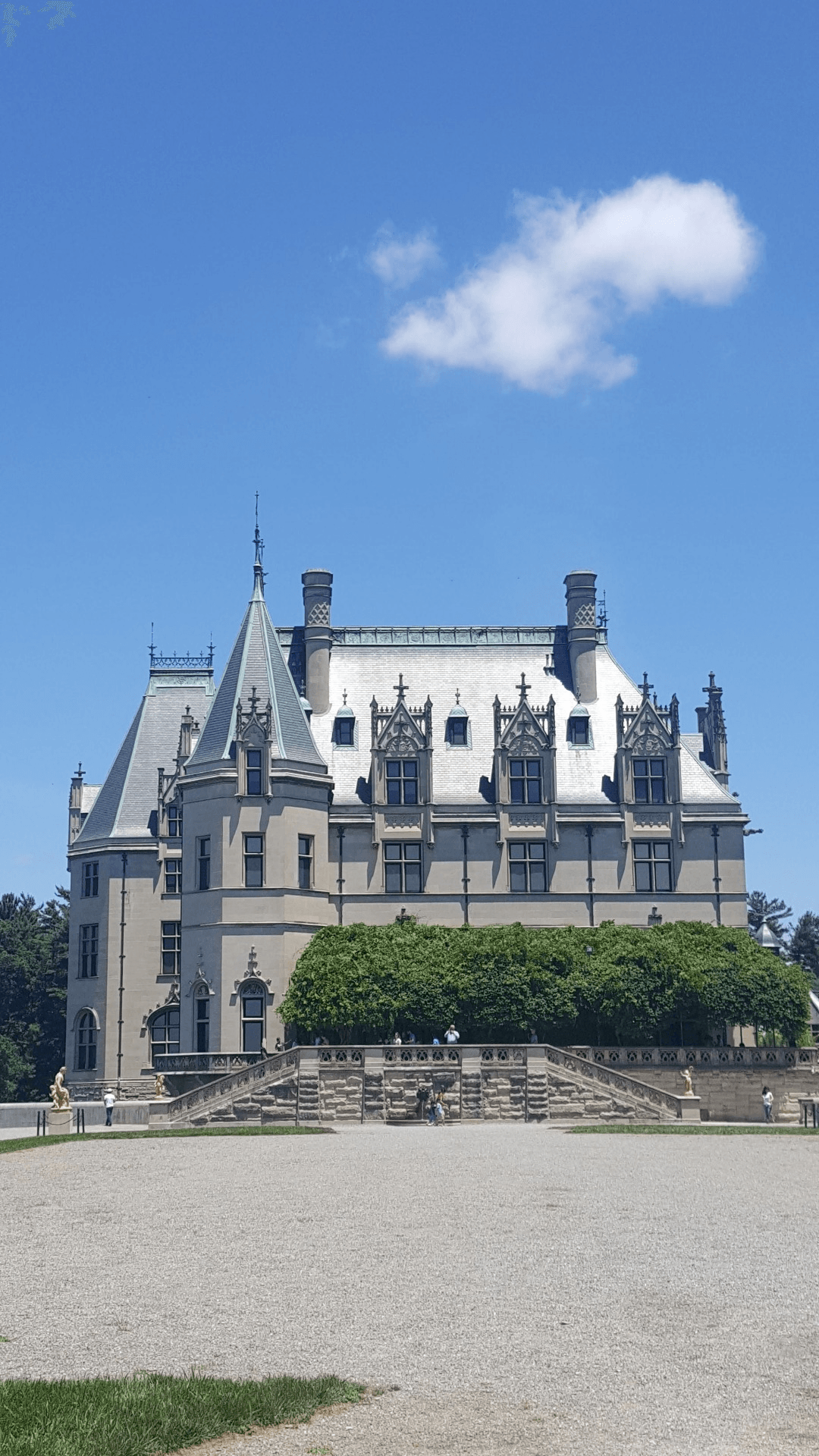 Joan B. Spring is the best time of year to explore Biltmore's beautiful gardens. In addition to the house and gardens, there is a lot to see and do on the estate so be sure to 4/5().