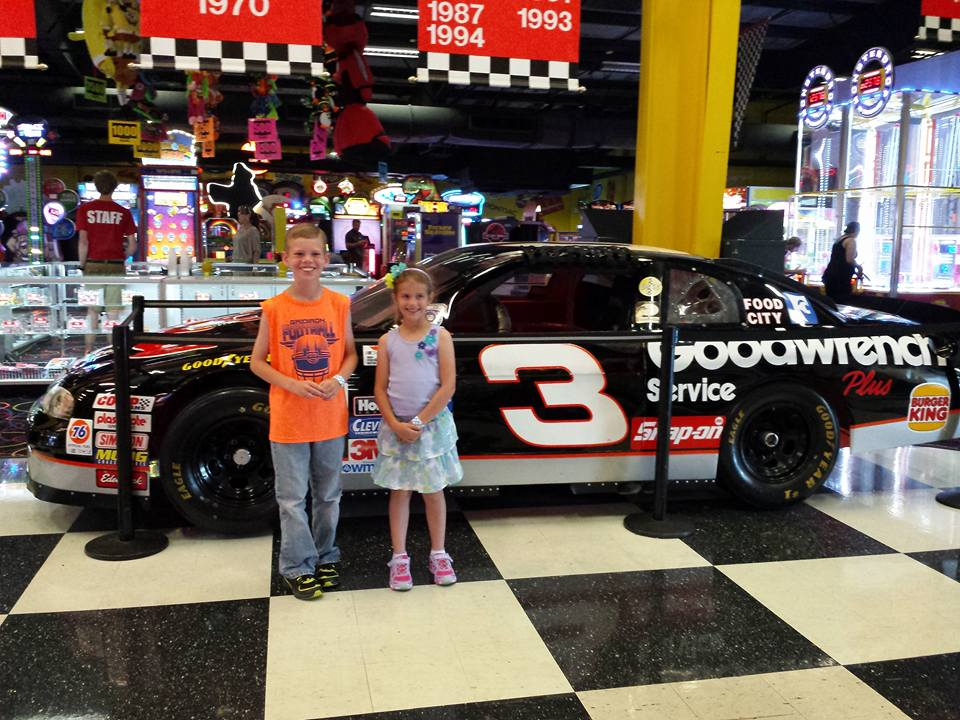 Nascar speedpark tennessee coupons