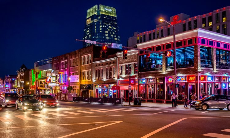 NASHVILLE ON A BUDGET: HOW TO VISIT WITHOUT BREAKING THE BANK